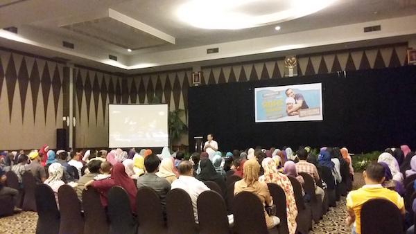 4 Seminar Anak Bukan Kertas Kosong Pekanbaru TK Alifa Kids