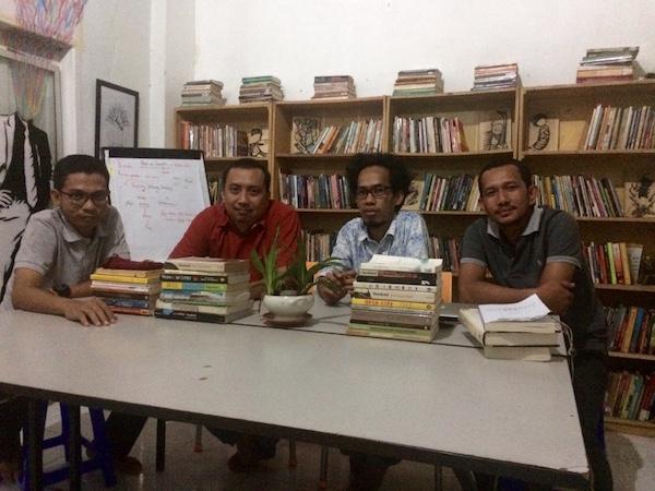 Temu Pendidik Makassar katakerja bersama